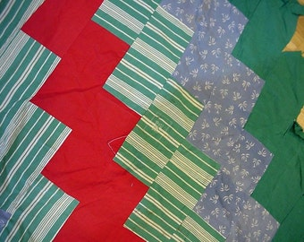 Patchwork Quilt Piece, Vintage Flour Feedsack Cutter Quilt Top Piece 4 Crafting, Zigzag Design, Jadeite Green Red Blue itsyourcountry
