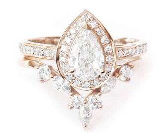 Pear Diamond Wedding Ring Set, Diamond Halo Unique Engagement Ring Set, Marquise Crown Diamond Ring Side Band Hermes Gold Diamond Bridal Set