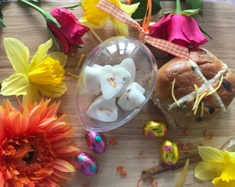 Easter wax melts Easter Egg containing Hot Cross Bun wax melts made from orange lemon and cinnamon essential oils and soy wax