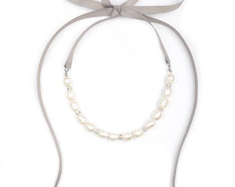 Freshwater Pearl Necklace. Statement Necklace. Pearl Necklace. Bib necklace