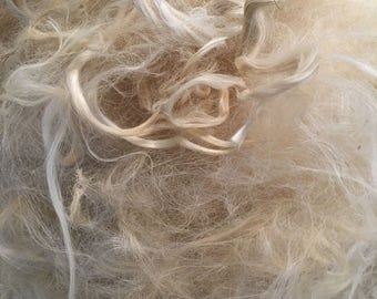 White Llama Fiber - Unwashed - Raw Fleece - Fiber for spinning - Doll Hair