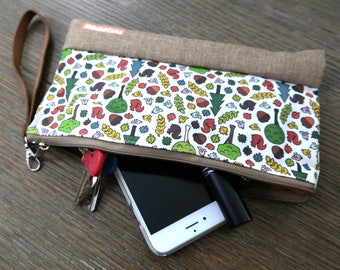Two Pips Forest Print Pouch, Wristlet, Clutch, Dice Bag