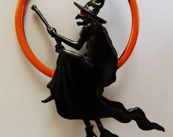 JJ Jonette Halloween Witch Riding Broomstick Brooch Pin