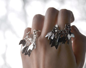 Cave Lady Quiver Pack Silver Ring