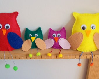 felt owl family, choose your owl family, adults and babies, baby owls, 6cms and 10cms, lots of colours, hand made felt owls, googly eyes owl