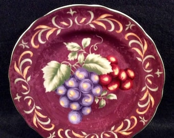 "ON SALE Noble Excellence NAPA Valley Burgundy Accent Salad Plate Dinnerware Grapes Purple/Red with Green Leaves Excellent Condition 9"" in di"