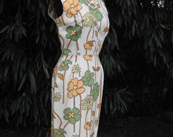 1950s HOURGLASS Dress w/Oversize Floral Graphics / Wiggle Dress /  Pencil Dress / BOMBSHELL