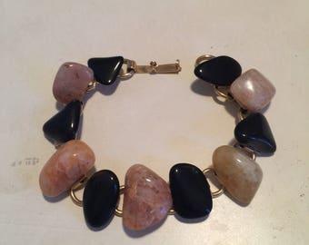 Vintage Polished Stone Bracelet with Gold Links