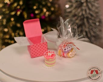 Miniature Cake & Candy - Pink, Miniature Cake and Ribbon Candy, 1:12 Scale Dollhouse Desserts