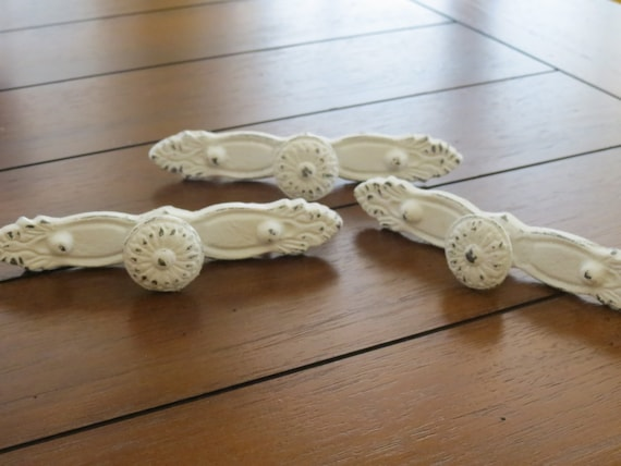 shabby chic drawer pulls dresser knobs antique white or pick. Black Bedroom Furniture Sets. Home Design Ideas
