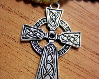 3 Silver Cross pendant jewelry charms antique silver medieval Celtic knot cross pegan crossIrsh charm 4.1cm x 2.7cm 8S1207 (SR)