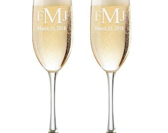 Monogram Flutes, Personalized Wedding Flutes,  Set of 2, Engraved Wedding Flute,  Bride and Groom Toasting Flutes,  Champagne Flutes