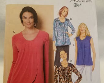 Butterick Pattern 6246,   Misses blouse short and long sleeve,  new uncut size 6-14 2015