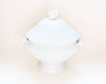 Antique French White Ironstone Soup Tureen from Hotel, Acanthus Leaf Handles on the sides, Artichoke Knob Handle on the Lid, Terre de Fer