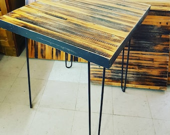 Recycled wood table with hairpin legs. Local delivery in Mtl only