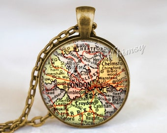 ENGLAND MAP Necklace, London Pendant, London Map Pendant, London Keychain, London Necklace, London Jewelry, London England Map, Vintage Map