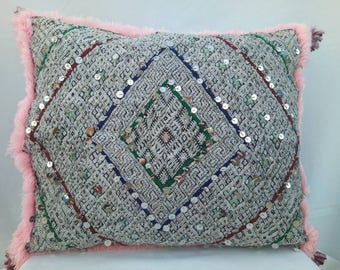 Beautiful vintage Berber pillow double sides, handmade
