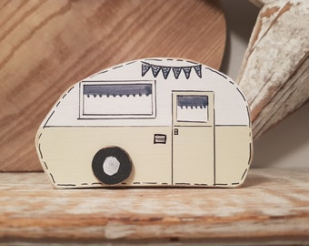 Painted Wooden Caravan Decoration ... standing, named, campers, glampers ... No.2 is Annabelle