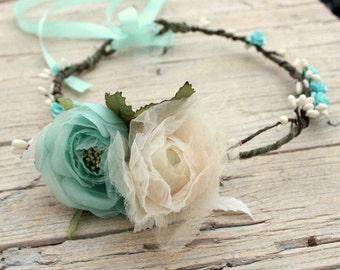 VERAMAN Wreath - Woodland cyan wreath,  Bridal tiara - Flower crown Photo prop Wreath Hair flower fascinator Headband Turquoise forest crown