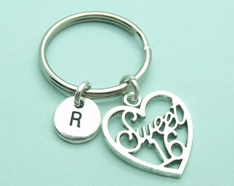 Sweet 16 charm initial keyring / keychain, sweet 16th birthday keyring accessory, personalised keychain, initial gift for her, present