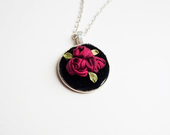Red Roses Floral Bouquet Necklace | Ribbon Embroidery | Handmade Necklace