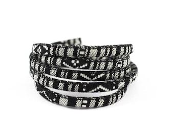 1 m cord ethnic 6mm diameter black and white patterns