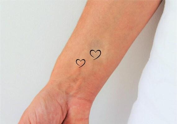 Coeur tatouage temporaire set de 2 tatouage coeur mini - Image tatouage coeur ...