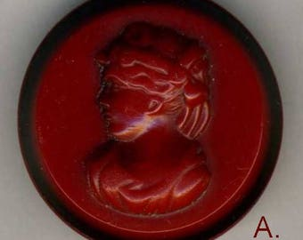 Vintage Button, Red Cameo 'A'