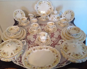 Royal Albert September song tea and part dinner set
