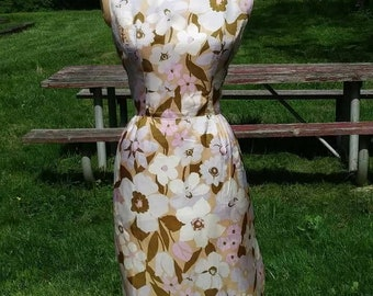 VTG early 60s floral wiggle dress