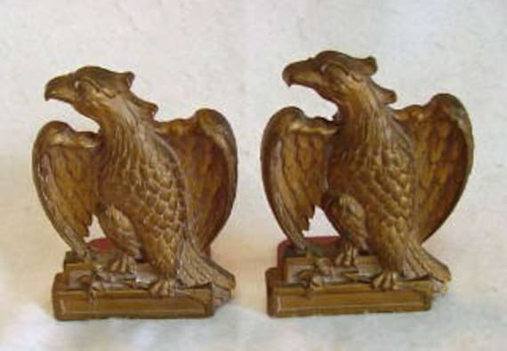 Vintage 1940's American Eagle Bookend Set... Syrocco Wood Label