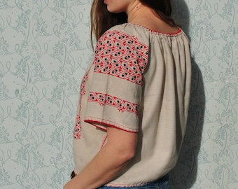 Embroidered blouse, embroidered top, peasant blouse, peasant top, vintage peasant blouse, embroidered shirt, peasant blouse in cotton