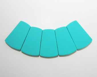 Lot of 3 or 5 Turquoise Large Trapezoid Silicone Beads for Teething Necklace