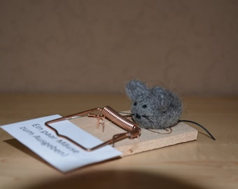 Money gift mousetrap