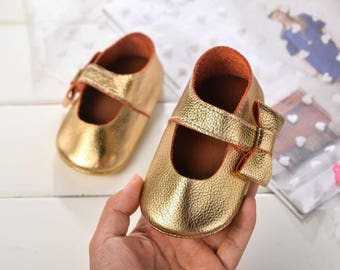 Baby Moccs,Baby Leather Shoes,Toddler Moccasins,Baby Moccasins,Baby Leather Moccs,Baby shoes,Baby Gift,Soft Sole Shoes,Baby Bow Moccasin