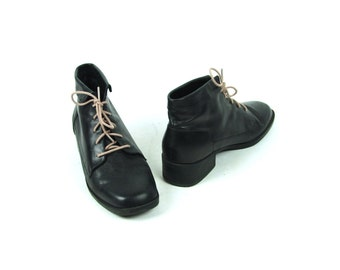 Black Leather Ankle Boots by Premier, Women's Size 9 C