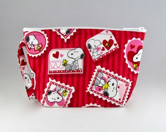 Snoopy Makeup Bag - Accessory - Cosmetic Bag - Pouch - Toiletry Bag - Gift