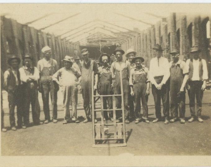 Handcart, Workers: Vintage Snapshot Photo, c1920s [84665]