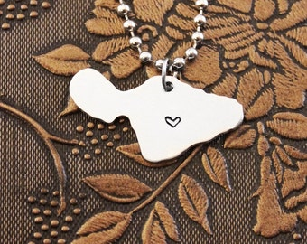 Maui Necklace, Hawaii Necklace Personalized Jewelry, Hand Stamped Necklace, Long Distance Relationship State Necklace Map Necklace Keychain
