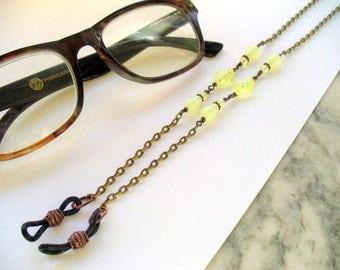 Green Beaded Eyeglass Holder, Reading Glasses Chain, Eyeglass Necklace, Sunglass, Lanyard, Eyewear, Uranium Glass, Antique Brass, Vaseline