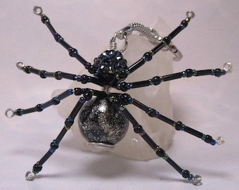 beaded spider - black rainbow