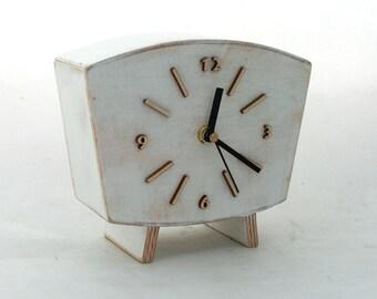 NO TICKING Table Clock, Desk Clock White, Wood clock, Vintage Style 60s, Unique Wooden gift, Mantle clock, White decor, SILENT desk clock