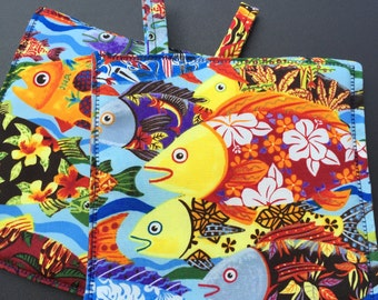 Pot holders, oven mitts, made in Hawaii, oven gloves, Colorful, hot pads, Tropical fish, linens, Hawaiian, holders, home décor, hostess gift