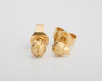 Beetle Gold Earrings, Small Gold Stud Ladybug Earring, Tiny earring, Ladybird Stud, 18k Solid Gold Second Hole Earrings