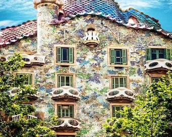 Casa Batllo, Barcelona Spain, Casa Battlo Photo, Gaudi Masterpiece, Colored Tiles, Unique Balconys, Barcelona Landmark, Wall Art