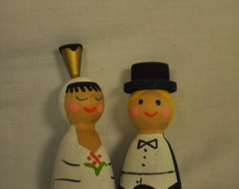 Wooden Bride & Groom