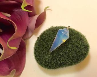 Pendant pendulum gemstone cabochon