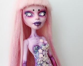 Monster High OOAK  Operetta Custom Repaint Doll