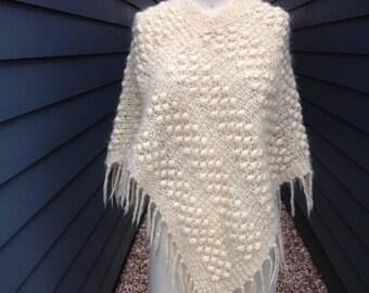 1970s Wool Cape // Vintage Wool Cape // White Cape