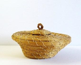 Vintage Pine Needle Basket with Lid - Hand Woven Basket - Natural Home Decor Office Decor Geometric Design Coiled Basket - Secret Stash Box